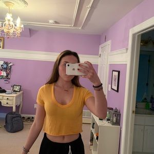 Pacsun yellow cropped tee